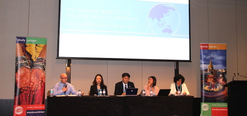 A panel of experts discusses the challenges in encouraging to study abroad at the Universities Australia symposium. Photo: The PIE News.
