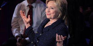 Clinton pledges green cards for STEM grads