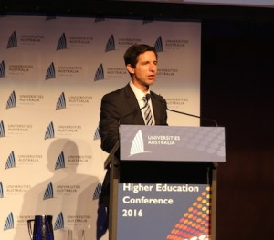 Minister for Education and Training Simon Birmingham addresses delegates at the conference dinner. Photo: The PIE News.