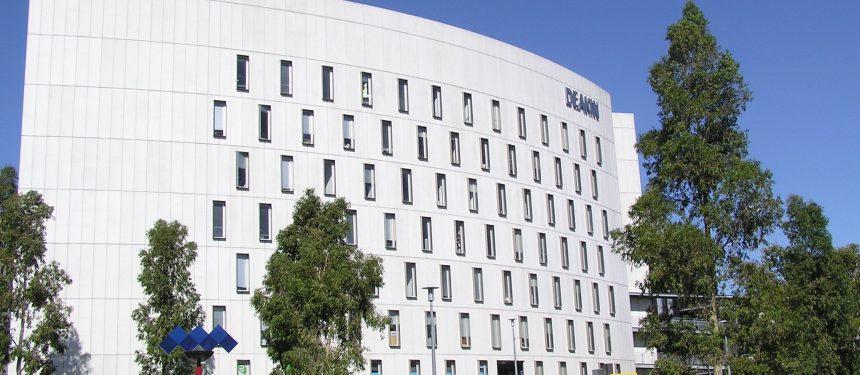 FutureLearn and Deakin University partner to offer online postgraduate degrees
