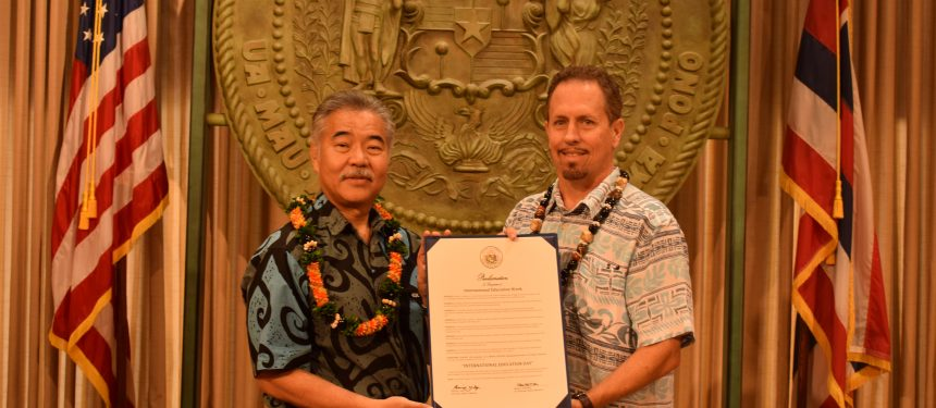 Gov. Ige and Joel Weaver, president of Study Hawai'i, at the proclamation signing