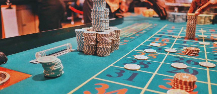 International students are more likely to use casino table gambling. Photo: Unsplash