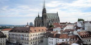 Research reveals Czech attitudes to study abroad