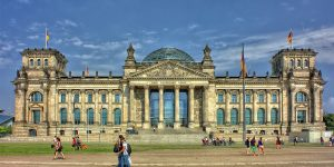 Germany hosted over 374K int'l students in 2018, exceeding 2020 goal by 7%
