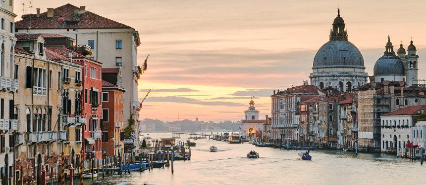 "Italian language schools remain ""open for business"" despite coronavirus worries"
