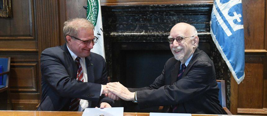 Aga Khan University and Columbia University announce unique dual master's degree
