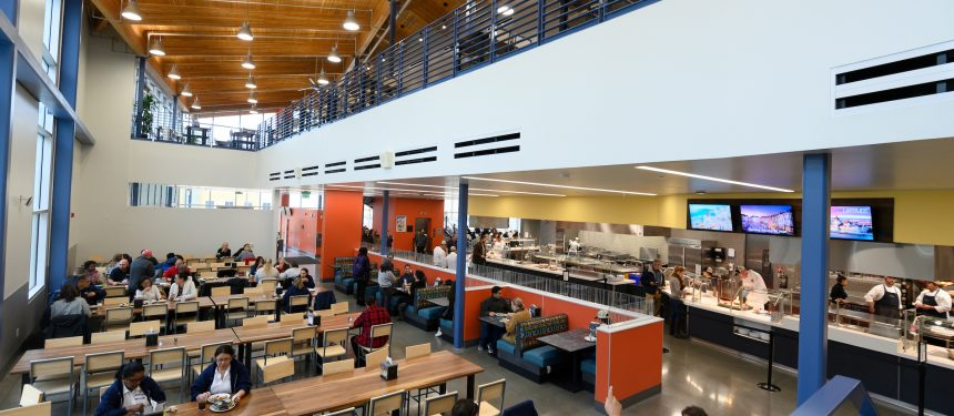"University of California's new dining facility aims to make int'l students ""feel more at home"""