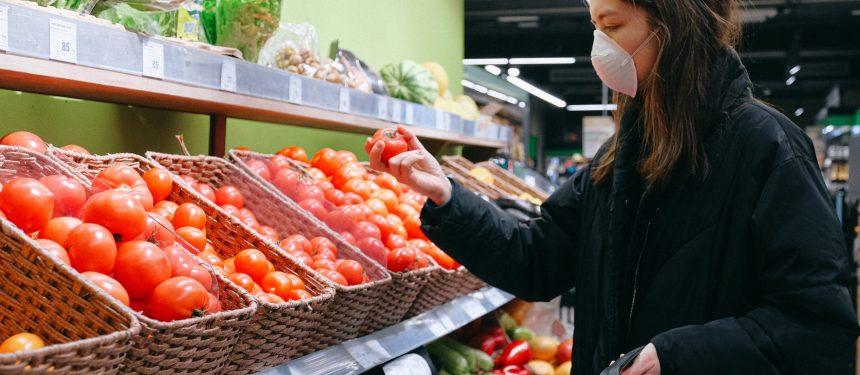 Food banks set up for struggling international students in Queensland