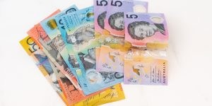 Aus: QLD triples student support to $15m