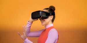 EC English launches VR language learning